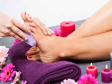 Learn more about our Foot Spa with Pedicure services.